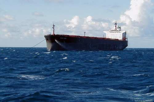 """Irán: """"Reino Unido podría liberar nuestro petrolero pronto"""""""