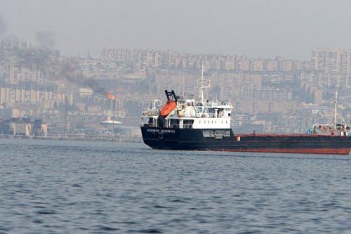 Irán libera a siete tripulantes del petrolero británico confiscado