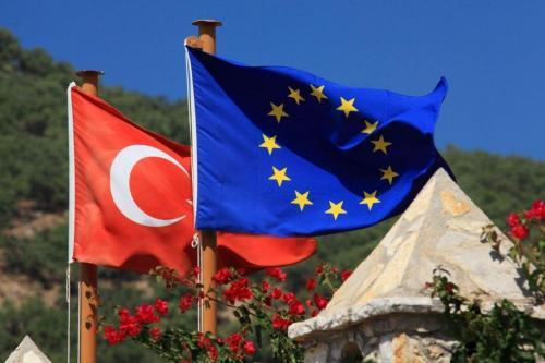 Turquía y Alemania discutirán sobre la adhesión a la UE