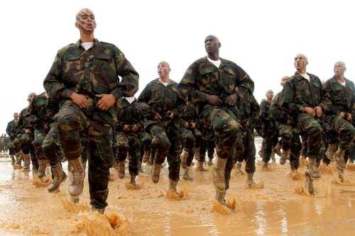Estados Unidos insta a las fuerzas dirigidas por Haftar a…
