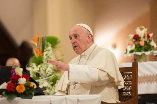 El Papa pide diálogo y moderación en medio de las…