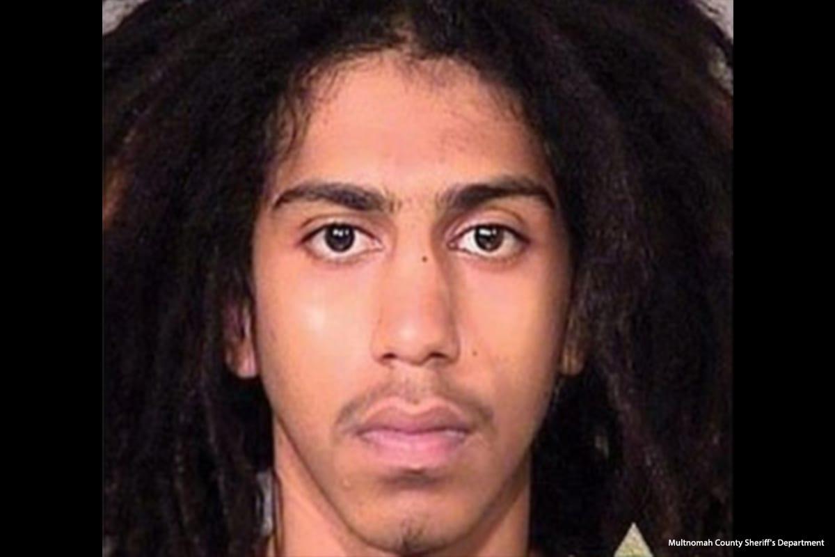 Abdulrahman Sameer Norah, de 21 años, aceleró ilegalmente a través de una intersección de Portland derribando a Fallon Smart de 15 años y matándola [Departamento del Sheriff del Condado de Multnomah]