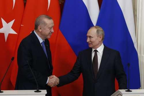 La pelea de Turquía por Idlib expone la hipocresía de…