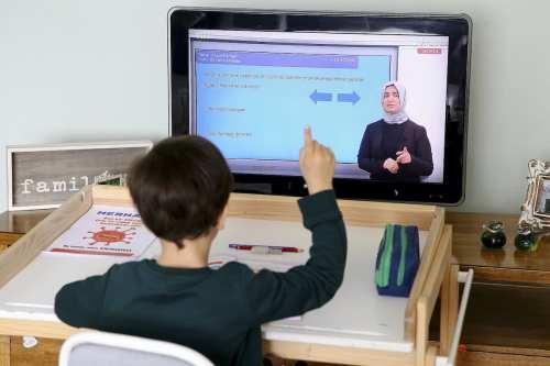 Turquía: La educación en línea comienza en medio del brote…