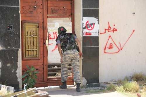 Libia: Una mina colocada por las fuerzas de Haftar mutila…