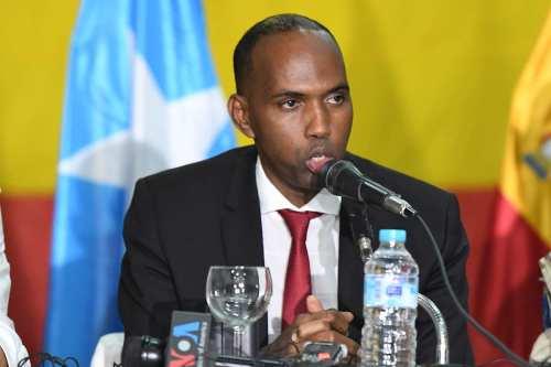 El parlamento somalí destituye a la primera ministro con un…