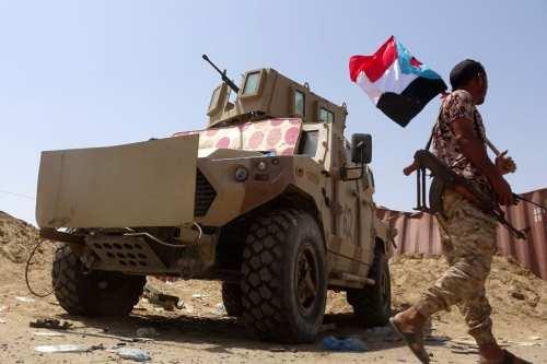 Las fuerzas leales a Emiratos Árabes Unidos acusan al gobierno…