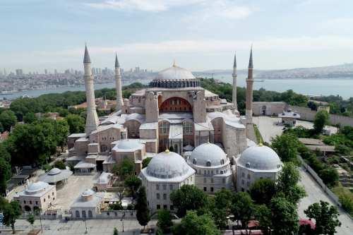 Rusia pide a Turquía que mantenga el Hagia Sophia como…