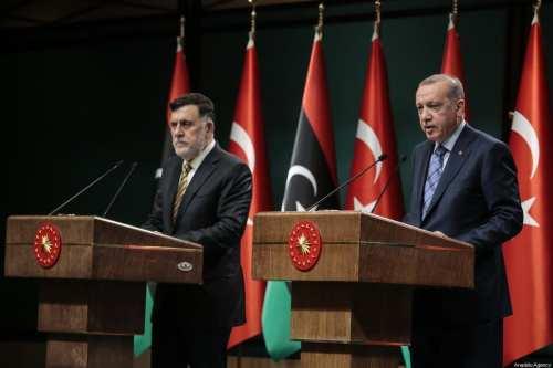 ¿Cuál es el motivo del acercamiento de los turcos a…