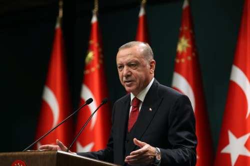 Erdogan de Turquía celebra una conferencia regional sobre las tensiones…