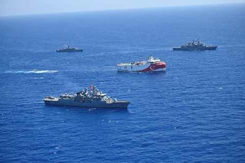 Turquía pide a Grecia diálogo sobre el Mediterráneo Oriental
