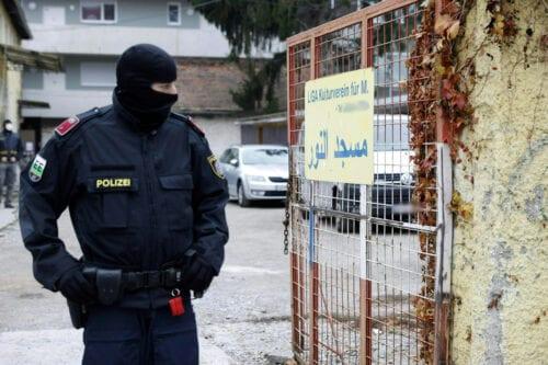 """Grupo de derechos: Austria lleva a cabo violaciones """"políticamente motivadas""""…"""