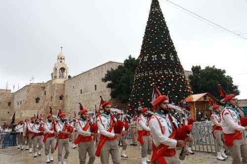 Belén envía una señal de esperanza con celebraciones navideñas muy…