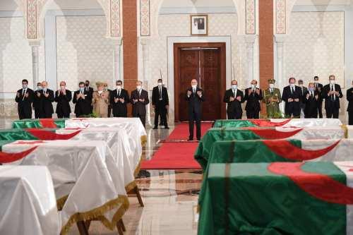 Macron no pide disculpas por los crímenes franceses en Argelia