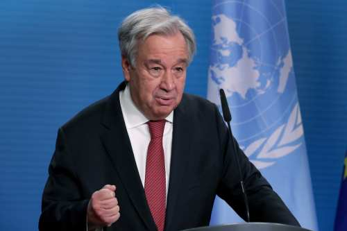 """Jefe de la ONU a las fuerzas extranjeras: """"¡Dejen a…"""