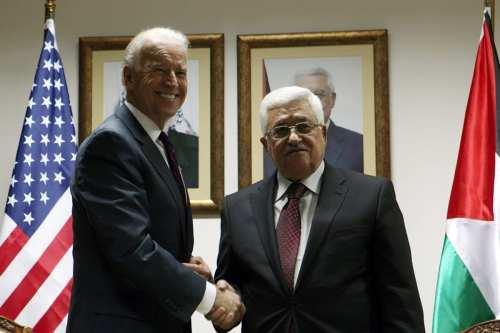 El equipo de Biden le pide a Abbas que celebre…