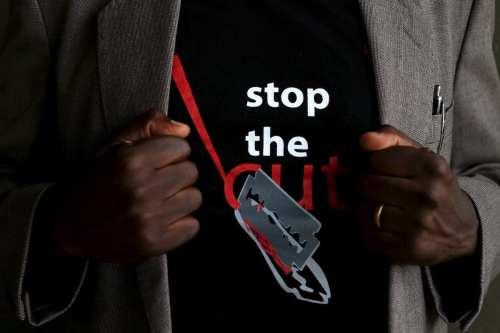 MGF: una niña de 15 años es trasladada al hospital…