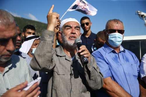 Israel prolonga el aislamiento del clérigo Raed Salah durante 6…