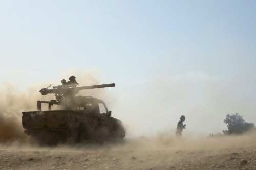 Los hutíes bombardean un campo de refugiados al oeste de…