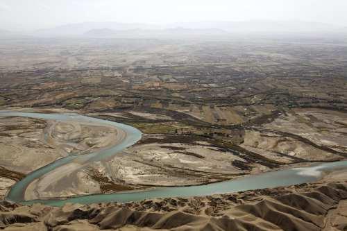 Irán y Afganistán firman un acuerdo de uso de aguas…