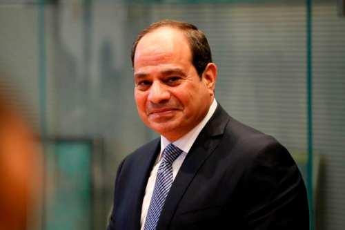 Al Sisi dice que los egipcios pueden expresar opiniones sólo…