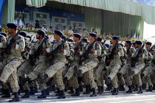"""La Guardia Revolucionaria de Irán revela una nueva """"ciudad de…"""