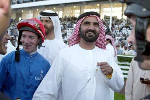 El gobernante de Dubai felicita a las mujeres emiratíes en…