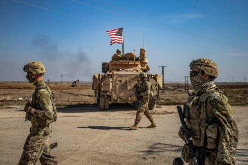 Las fuerzas estadounidenses llegan a Siria con armas y material…