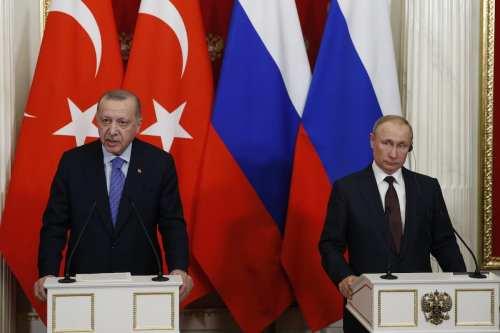 Los presidentes de Turquía y Rusia abordan sus relaciones bilaterales