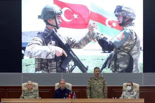 Contratistas turcos ayudarán a reconstruir Nagorno-Karabaj