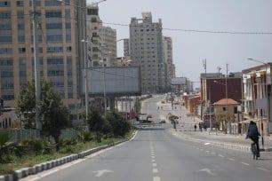 La segunda ola de Coronavirus se ha extendido por la Franja de Gaza y las autoridades sanitarias han dado la alarma [Mohammed Asad/Monitor de Oriente].