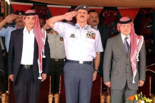 """Jordania: Los servicios de seguridad investigan el """"golpe"""" del príncipe…"""