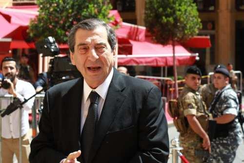 Un diputado libanés pide al ejército que tome el poder