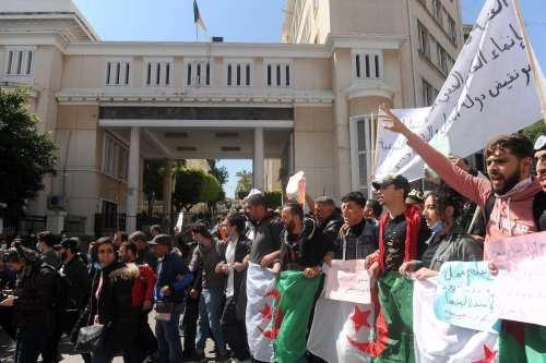 ¿Habrá alguna novedad en las elecciones legislativas argelinas?