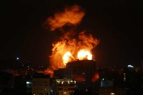 Israel lanza un ataque aéreo y terrestre contra Gaza