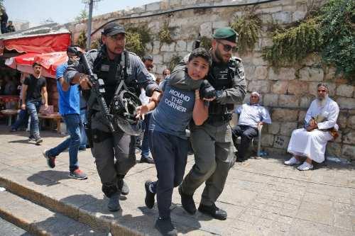 Informe: La policía israelí detiene a 1.700 ciudadanos árabes en…