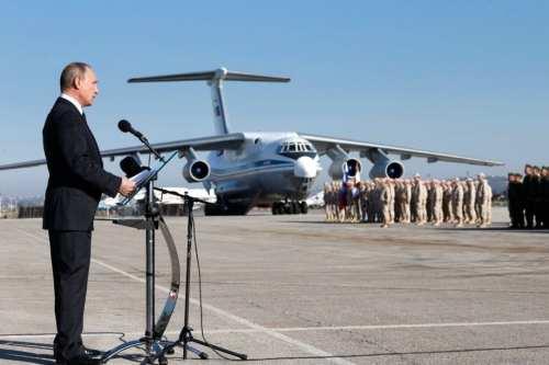 Moscú despliega bombarderos nucleares para reforzar el régimen de Siria