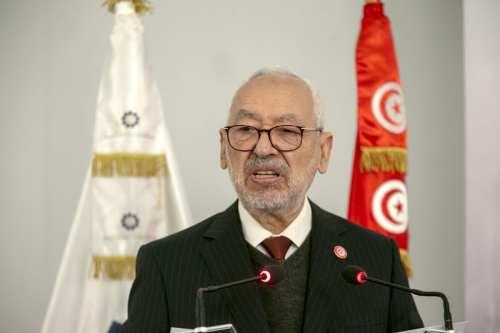 La lucha por el poder paraliza Túnez