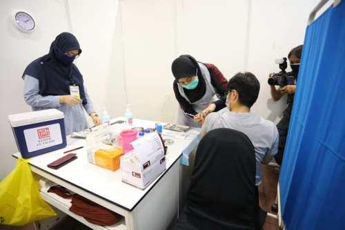 Un equipo de ayuda sanitaria de Malasia es el primero…