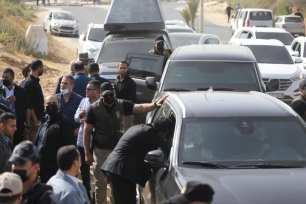Delegación egipcia en Gaza para tratar la reconstrucción y el alto el fuego [Mohammed Asad/Middle East Monitor].