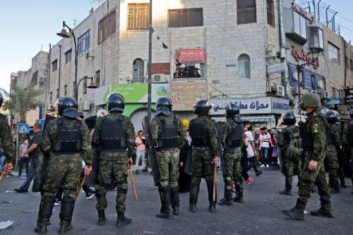 La Autoridad Palestina despliega fuerzas durante las protestas por la…
