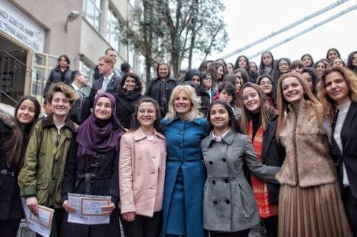 La tasa de mujeres catedráticas en Turquía supera a la…