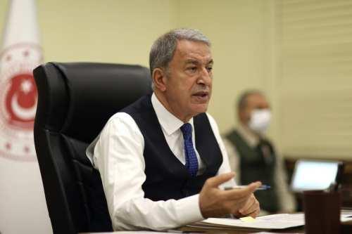 El ministro de Asuntos Exteriores de Turquía pide a Grecia…