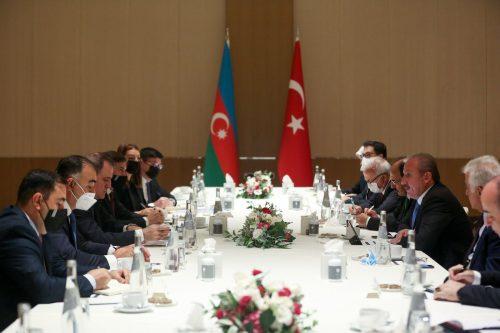 Azerbaiyán, Turquía y Pakistán acuerdan impulsar su cooperación