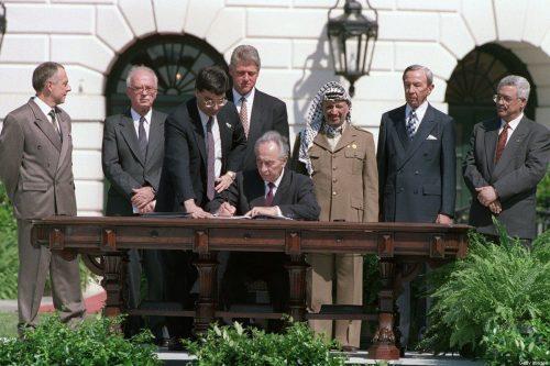 La maldición de los Acuerdos de Oslo que convirtieron a…