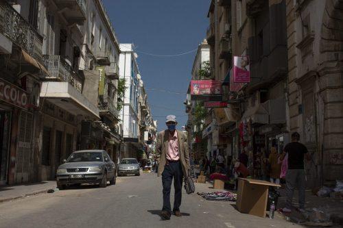 El presidente de Túnez promete limpiar el panorama político por…