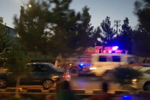 Decenas de muertos al explotar una bomba suicida frente al…