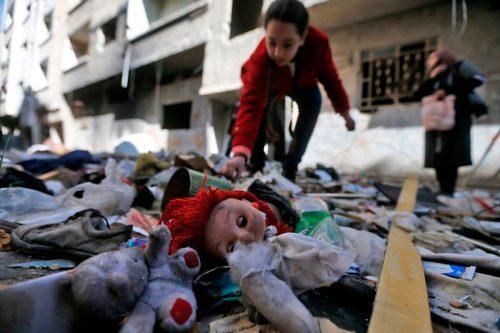 La UNRWA advierte que más de 30.000 refugiados palestinos se…
