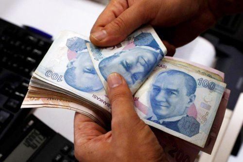 Turquía: el banco central se resiste a las peticiones de…