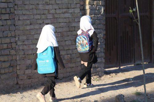 Los talibanes dicen que la educación secundaria comenzará para los…